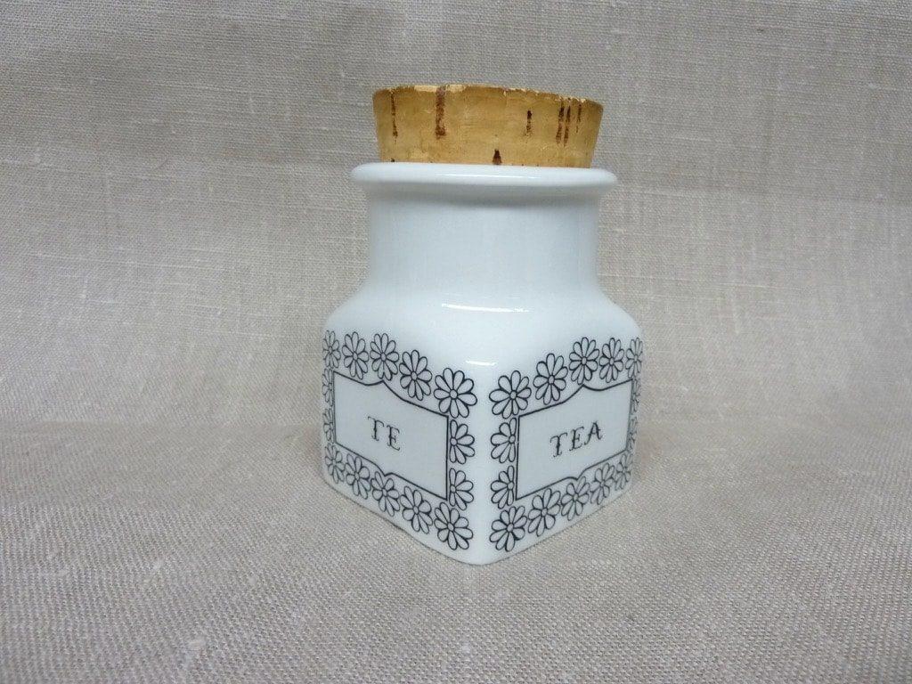 Arabia spice jar, tea, designer Esteri Tomula, silk screening