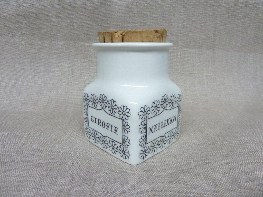 Arabia maustekuva maustepurkki, Neilikka, suunnittelija Esteri Tomula, Neilikka, serikuva