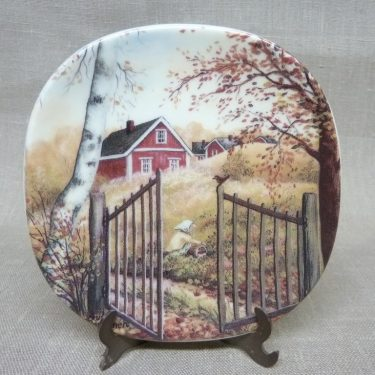 Arabia wall plate Old-time Autumn design Anita Rantanen-Siemers