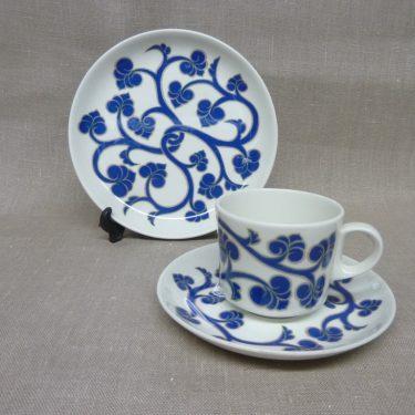Arabia Lyydia kahvikuppi ja lautanen, sininen, suunnittelija Laila Hakala, retro