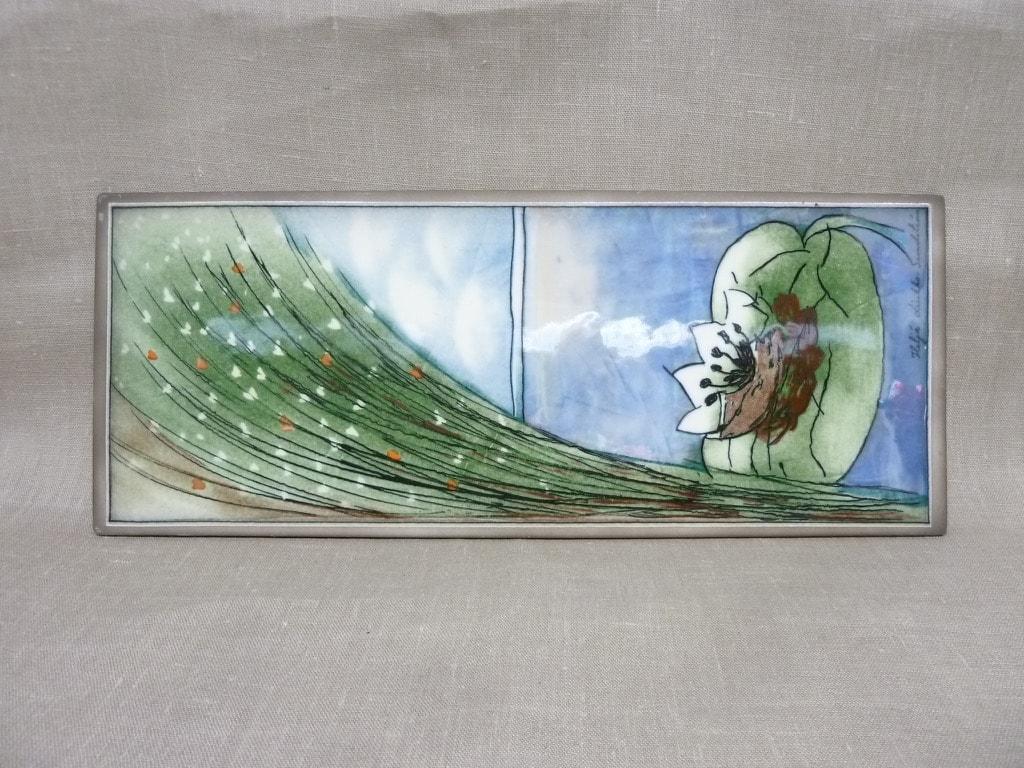 Arabia wall plate Water Lily designer Heljä Liukko-Sundström