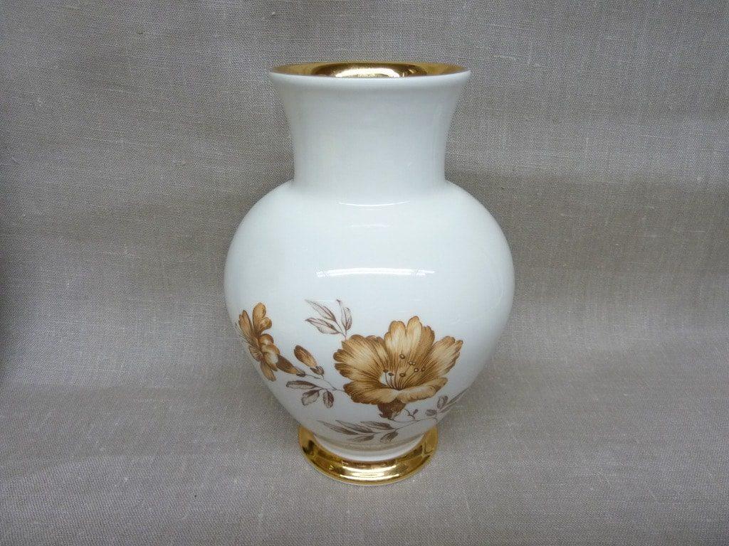 Arabia Myrna vase, white