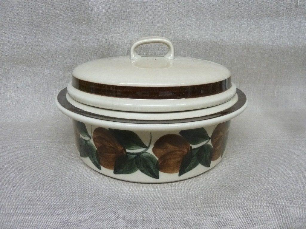 Arabia Ruija pan, brown, designer Raija Uosikkinen, with lid, hand-painted