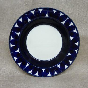 Arabia Sotka plate, hand-painted, 2