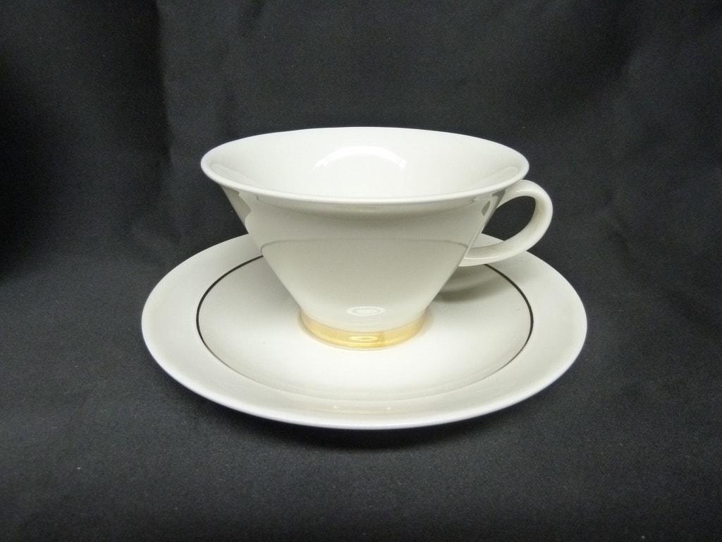 Arabia Harlekin Gold tea cup, white, gold, Inkeri Leivo