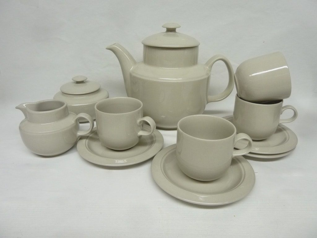 Arabia KR coffee set for 4, white, Inkeri Leivo