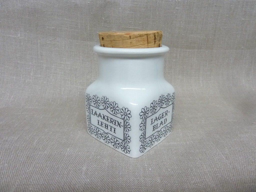 Arabia Maustekuva maustepurkki, Laakerinlehti, suunnittelija Esteri Tomula, Laakerinlehti, serikuva