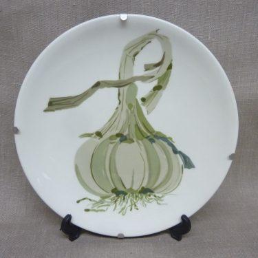 Arabia Vihreä linja decorative plate, Valkosipuli, designer Gunvor Olin-Grönqvist, silk screening