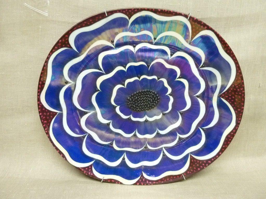Arabia koristelautanen, suunnittelija Birger kaipiainen, suuri, helmikoriste
