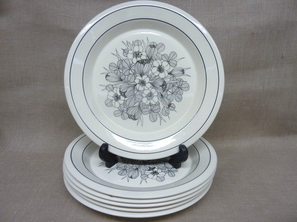 Arabia Krokus lautaset, mustavalkoinen, 6 kpl, suunnittelija Esteri Tomula, matala