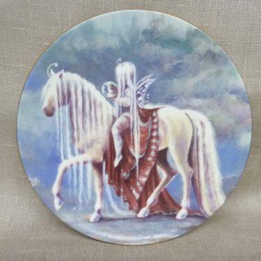 Arabia Onnen Ratsu wall plate, Kauneus, designer Sussi Anna Åberg, silk screening, fairy tale topic