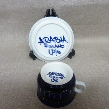 Arabia Valencia teekupit, sininen, suunnittelija Ulla Procope, käsinmaalattu, signeerattu kuva 2
