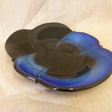 Arabia Viola koristelaatta, sininen, suunnittelija Birger Kaipiainen, suuri kuva 2