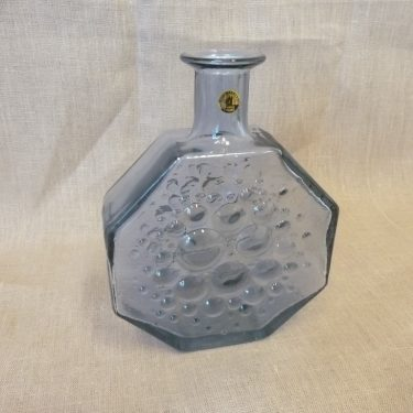 Riihimäen lasi Stella Polaris decorative bottle, neodymium, designer Nanny Still