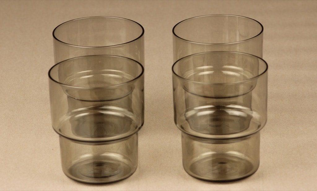Nuutajärvi Pinottava lasi lasit, harmaa, 4 kpl, suunnittelija Saara Hopea, 35 cl