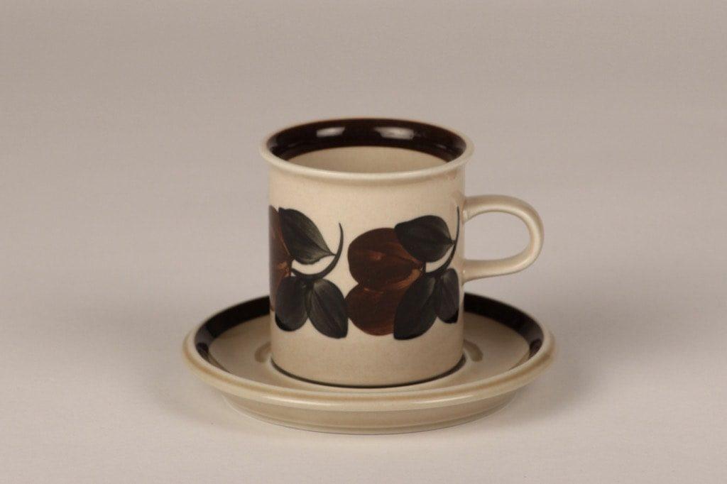 Arabia Rosmarin kahvikuppi, ruskea, suunnittelija Raija Uosikkinen, käsinmaalattu