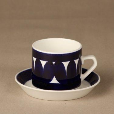 Arabia Sotka teekupit, sininen, suunnittelija Raija Uosikkinen, käsinmaalattu