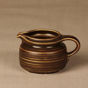 Arabia Kaarna kermakko, ruskea, suunnittelija Göran Bäck, lasite
