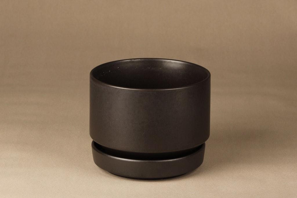 Arabia SN1 flowerpot, brown, designer Richard Lindt