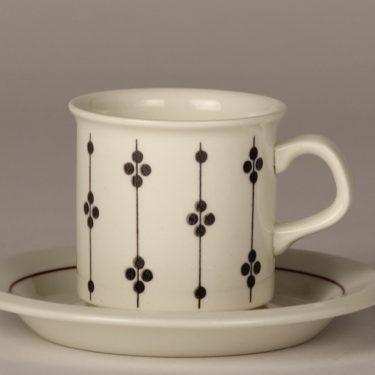 Arabia Kartano kahvikuppi, mustavalkoinen, suunnittelija Esteri Tomula,  kuva 2