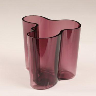 Iittala Savoy maljakko, tumma lila, suunnittelija Alvar Aalto, signeerattu kuva 2