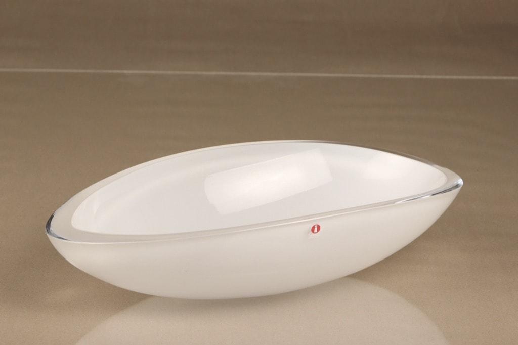 Iittala Peace taidelasi, valkoinen, suunnittelija Kerttu Nurminen, opaalilasi, signeerattu