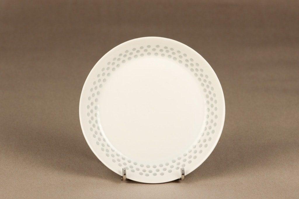 Arabia Helmi lautanen, riisiposliini, suunnittelija Friedl Holzer-Kjellberg, riisiposliini, massasigneerattu
