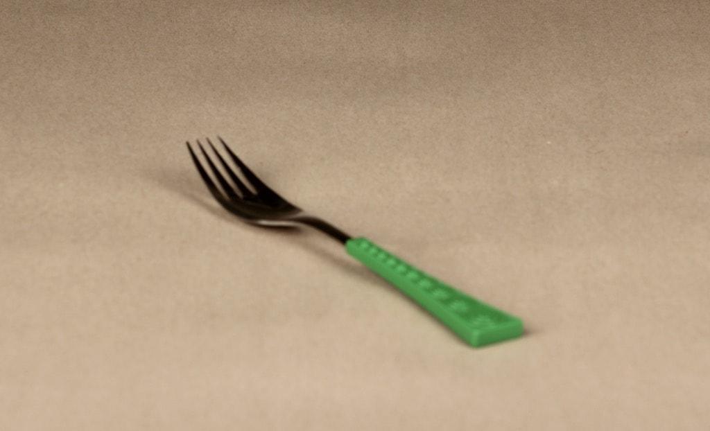 Hackman Colorina haarukka, vihreä, suunnittelija Nanny Still, retro
