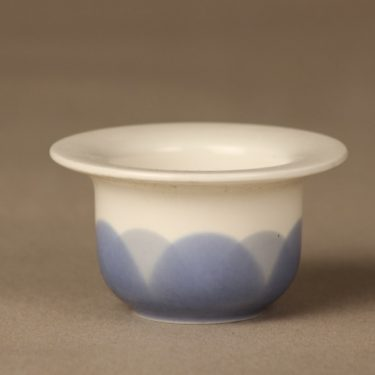 Arabia Arctrica Pudas egg cup, blue, designer Inkeri Leivo, silk screening