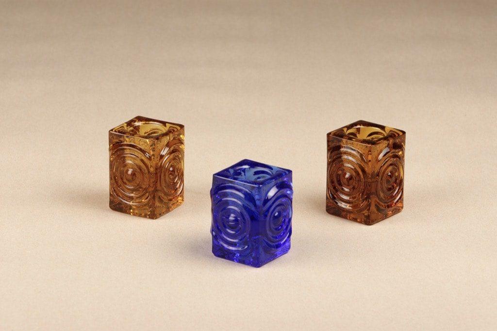 Riihimäen lasi Rengas kynttilänjalat, eri värejä, 3 kpl, suunnittelija Tamara Aladin,