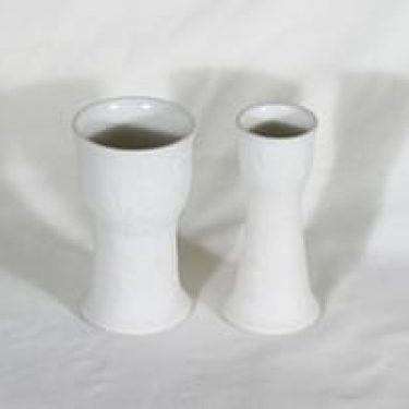 Arabia Suvi maljakot, valkoinen, 2 kpl, suunnittelija Gunvor Olin-Grönqvist,