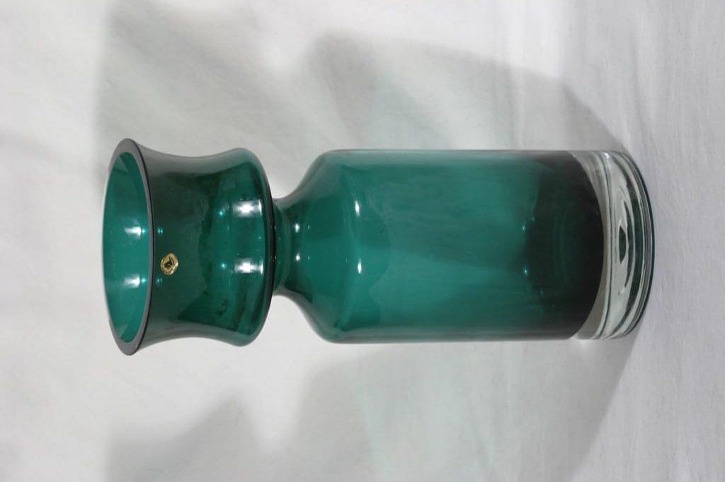Riihimäen lasi Ruusu maljakko, vihreä, suunnittelija Tamara Aladin, massiivinen