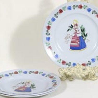 Arabia R lautaset, tyttöaihe, 3 kpl, suunnittelija , tyttöaihe, serikuva