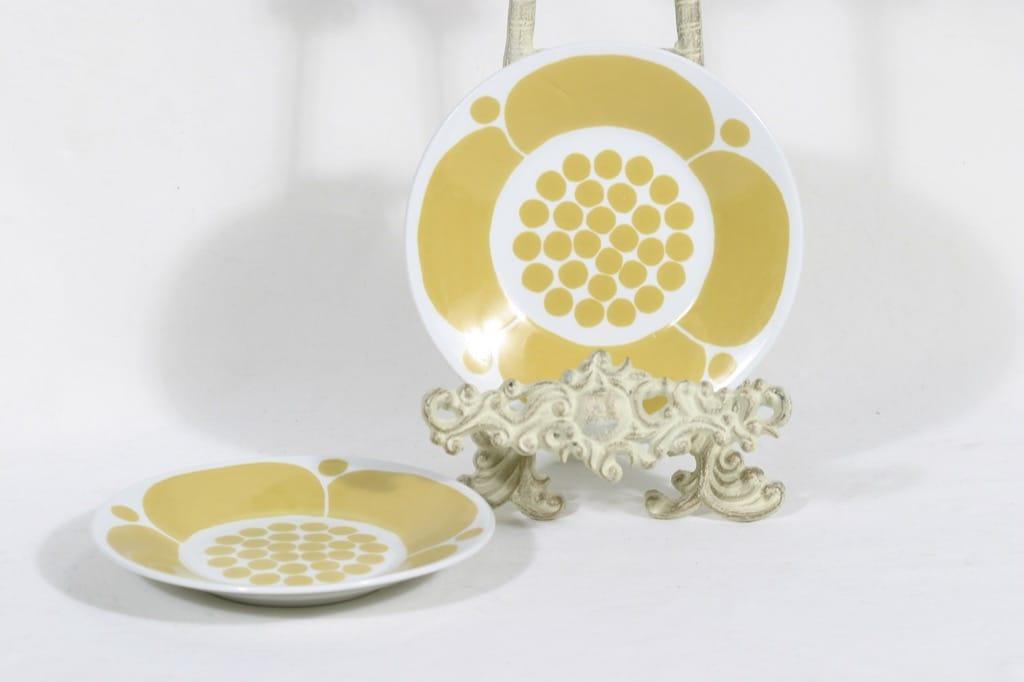 Arabia Sunnuntai lautaset, 2 kpl, suunnittelija Birger Kaipiainen, painokoriste