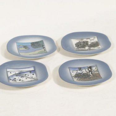 Arabia koristelautaset, 4 vuodenaikaa, 4 kpl, suunnittelija Heljä Liukko-Sundström, 4 vuodenaikaa, pieni