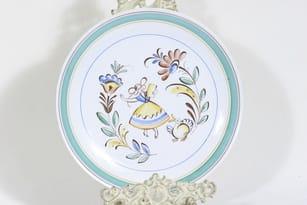 Arabia Talonpoika plate, hand-painted, designer Svea Grankund