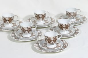 Arabia Ali coffee cups and plates, 12 cl, 6 pcs, designer Raija Uosikkinen, 12 cl, copper ornament