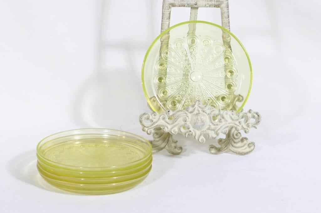 Riihimäen lasi Riikinkukko lautaset, keltainen, 5 kpl, suunnittelija Nanny Still, pieni