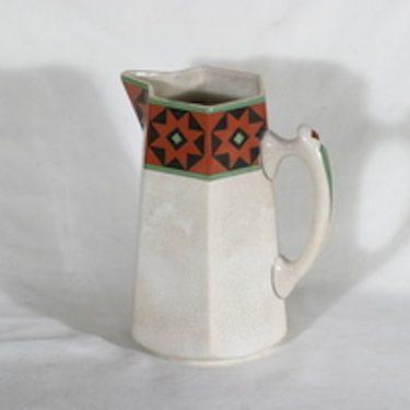 Arabia Fennia kannu, käsinmaalattu, suunnittelija , käsinmaalattu
