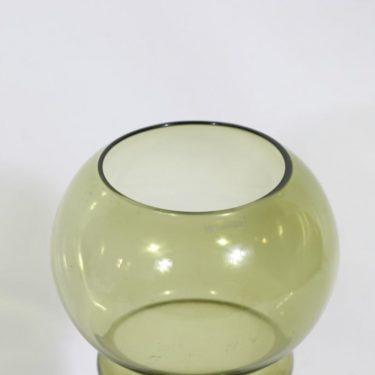 Riihimäen lasi Sirkka maljakko, oliivinvihreä, suunnittelija Tamara Aladin,  kuva 2