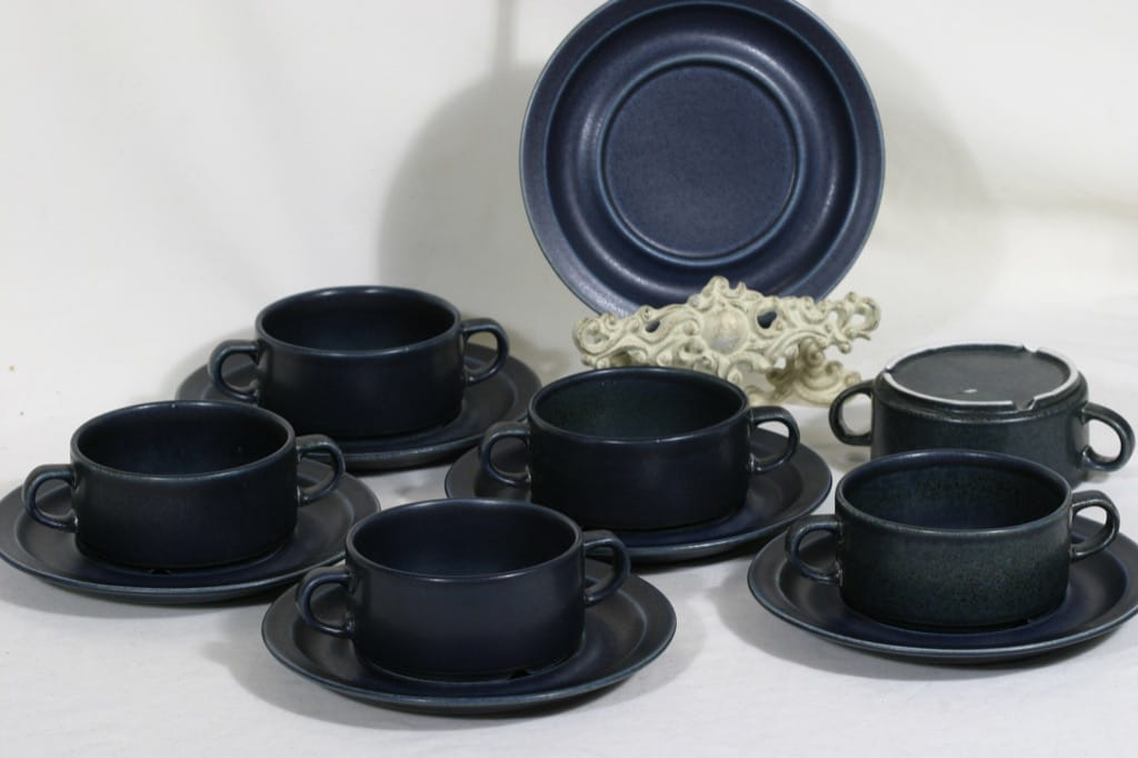 Arabia Korpi liemikupit, sininen, 6 kpl, suunnittelija Göran Bäck,
