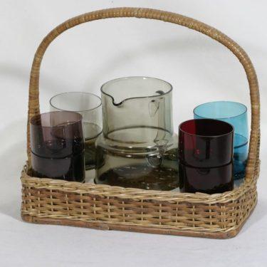 Nuutajärvi mehuastiasto kaadin ja lasit, 1 l, 8 kpl, suunnittelija Saara Hopea, 1 l, 1 l, 25 cl