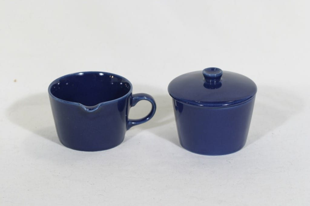 Arabia Kilta sokerikko ja kermakko, sininen, suunnittelija Kaj Franck,