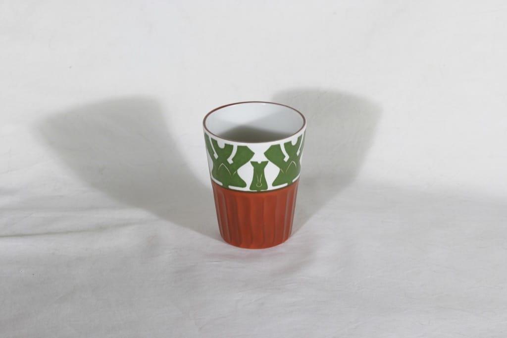 Arabia Fennia pikari, käsinmaalattu, suunnittelija , käsinmaalattu