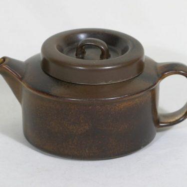 Arabia Ruska teekannu, 1.35 l, suunnittelija Ulla Procope, 1.35 l
