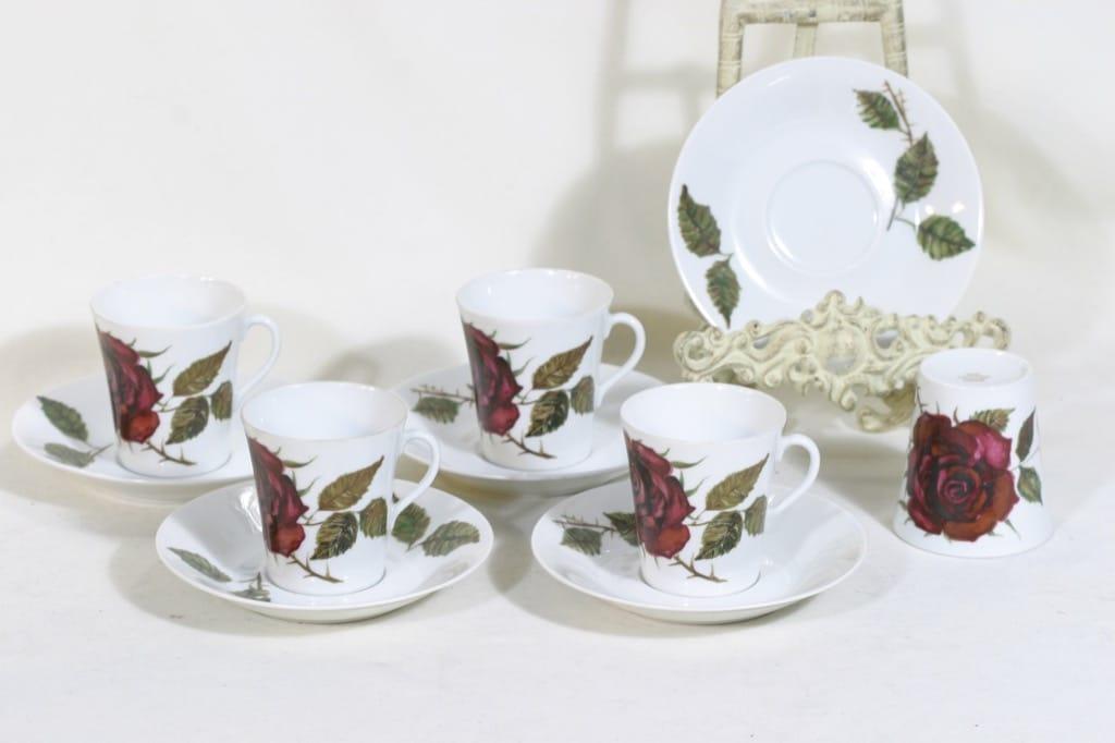Arabia Ruusu kahvikupit, 5 kpl, suunnittelija Anneli Qveflander, siirtokuva