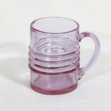 Riihimäen lasi Rengas kolpakko, vaaleanpunainen, suunnittelija Tamara Aladin,