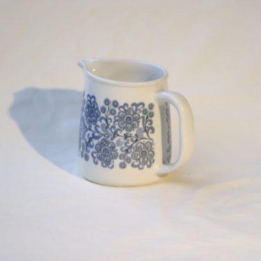 Arabia Orri jug, 0.5 l, designer Raija Uosikkinen, silk screening