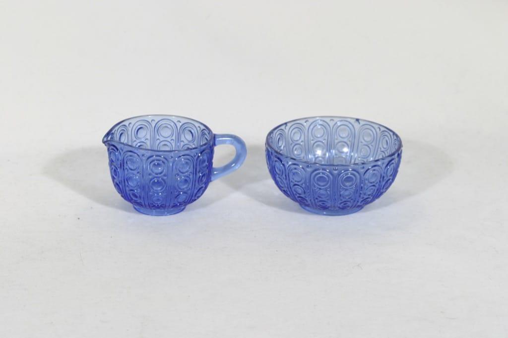 Riihimäen lasi Riikinkukko sokerikko ja kermakko, sininen, suunnittelija Nanny Still,