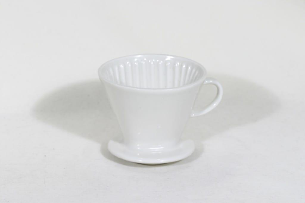 Arabia KS 2 kahvisuppilo, valkoinen, suunnittelija , koristelematon